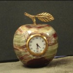 onyx-apple-clocks-1