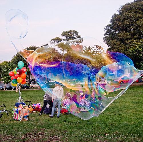 giant-soap-bubble2