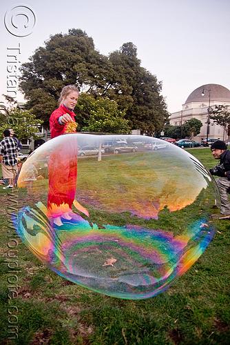 giant-soap-bubble3