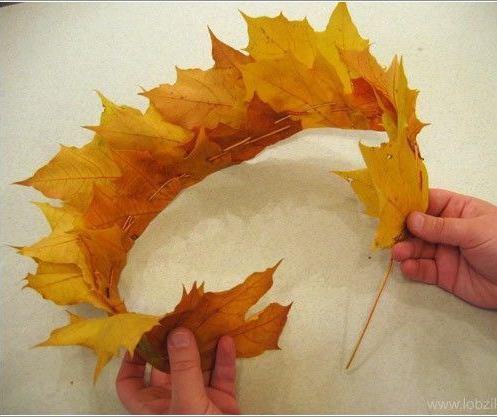 корона, венец от есенни листа