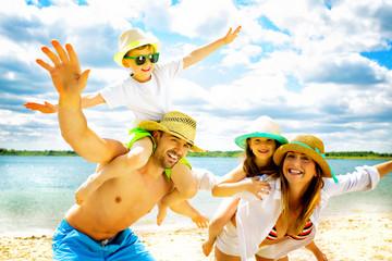 семейно на плажа