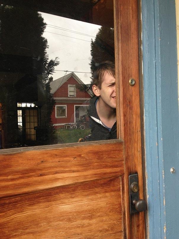 шпионка на вратата