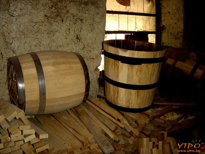 ведро, дървени съдове