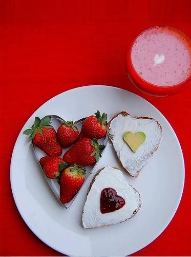 закуска любов сърце ягоди