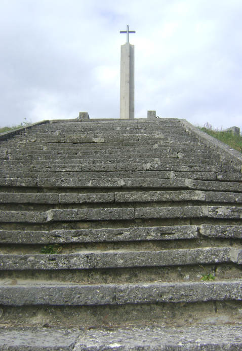 паметник варненската битка