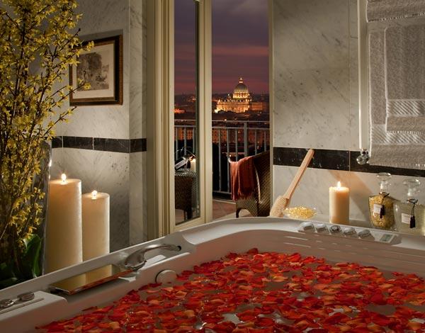 Декорирайте своята баня с цветя, за да изглежда хубаво и приятно място
