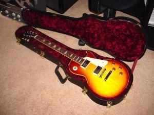 """Електрическа китара Гибсън """"Лес Пол"""""""