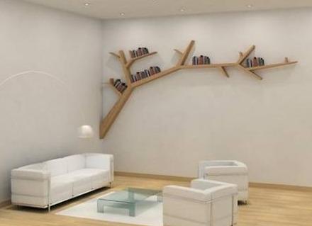 дърво в стаята