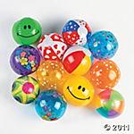 усмихнати плажни топки