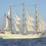 Мексикански ветроходен кораб във Варна