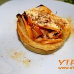 Рошави розички с ябълки и бутер тесто